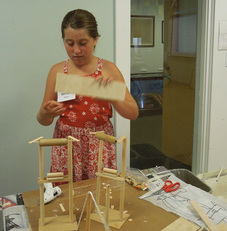 Rebecca's suspension and arch bridge model